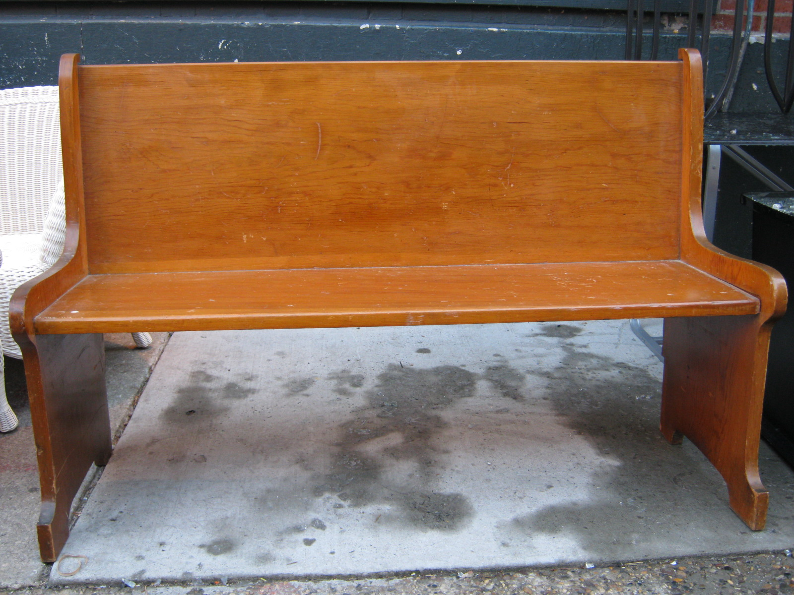 Uhuru Furniture Amp Collectibles October 2010