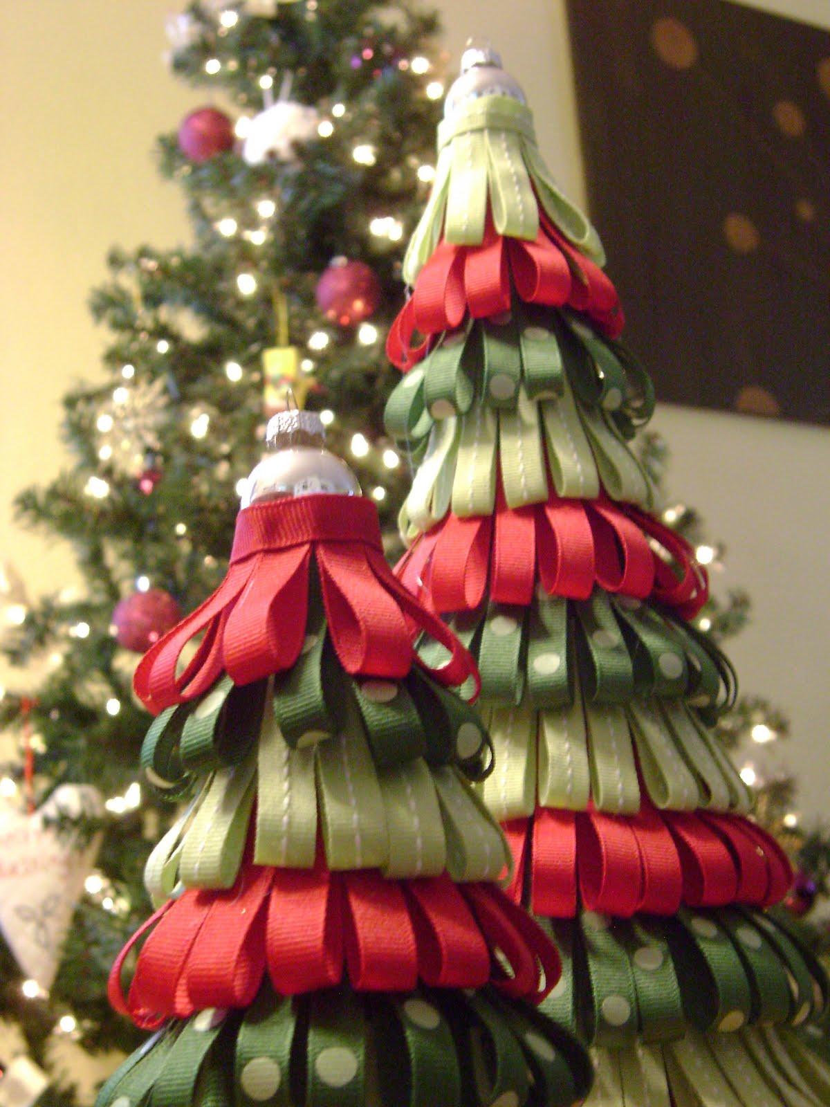 Something Pretty: Ribbon Christmas Trees
