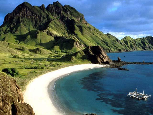 pantai lombok beach