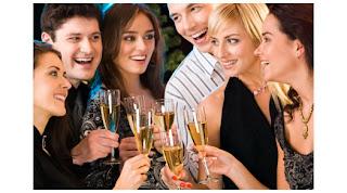 La fiesta de Fin de Año. Claves para empezar con éxito. Tendencias y estilismos para tu look triunfador.