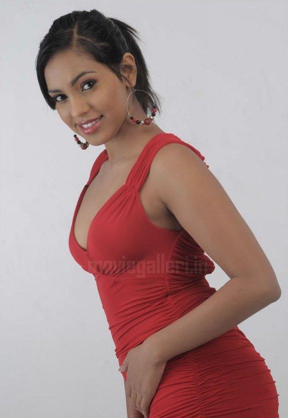 Sexy Actress Gallery Shammu 7-6707