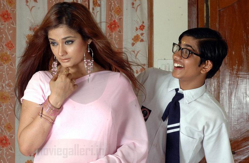 Kiran Valibame Va Movie Hot Stills, Valibame Va Photo