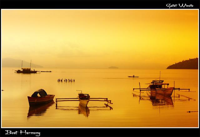 Boat Harmony oleh Gatot Winoto