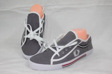 Model Sepatu Fred Perry Original Branded Terbaru