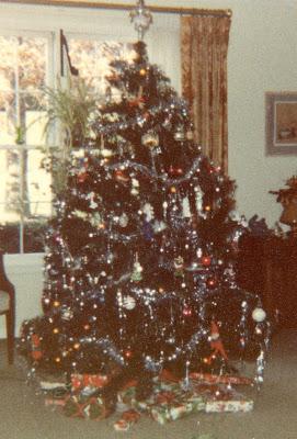 Flipside Advent Calendar Day 1 Christmas Tree