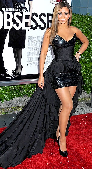 Beyonce In Balmain 2010