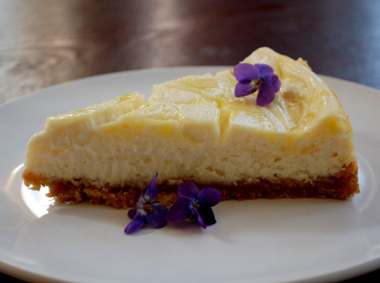 Lemon Curd Marbled Cheesecake - light-in-leaves