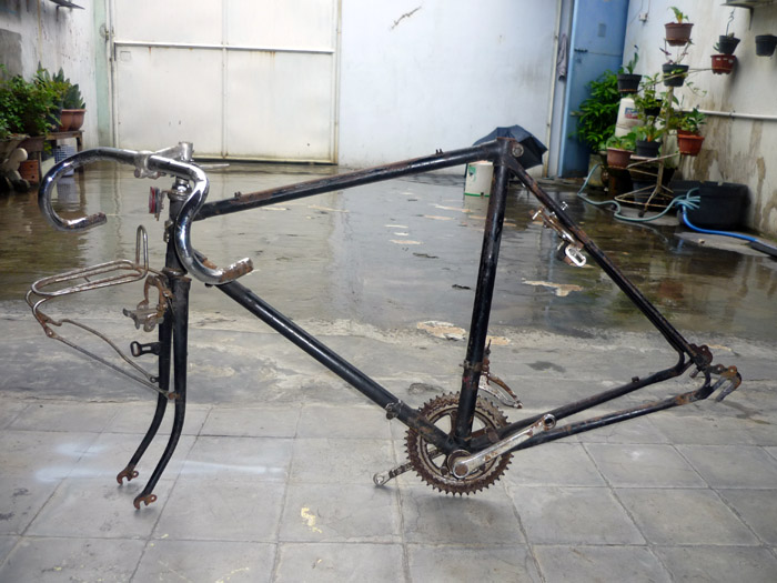 PITRONGSOK: Dijual Frame Sepeda Balap 33 Deki, Japan