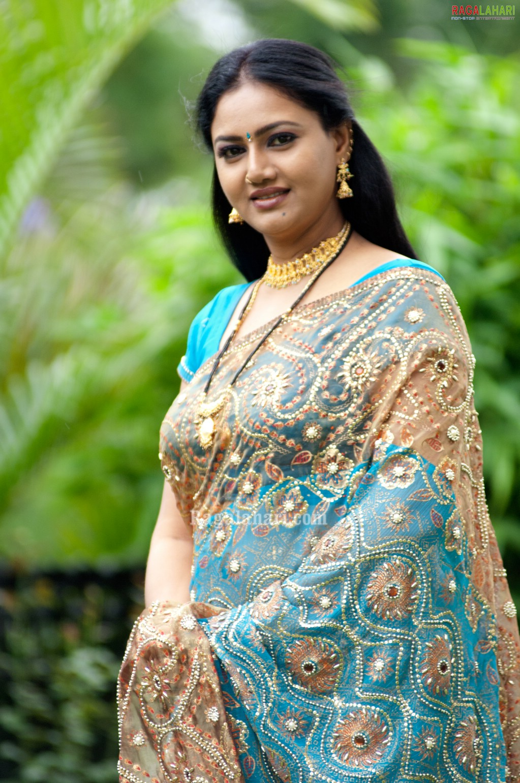 character artist rani aunty saree raksha aunties tollywood am actresses