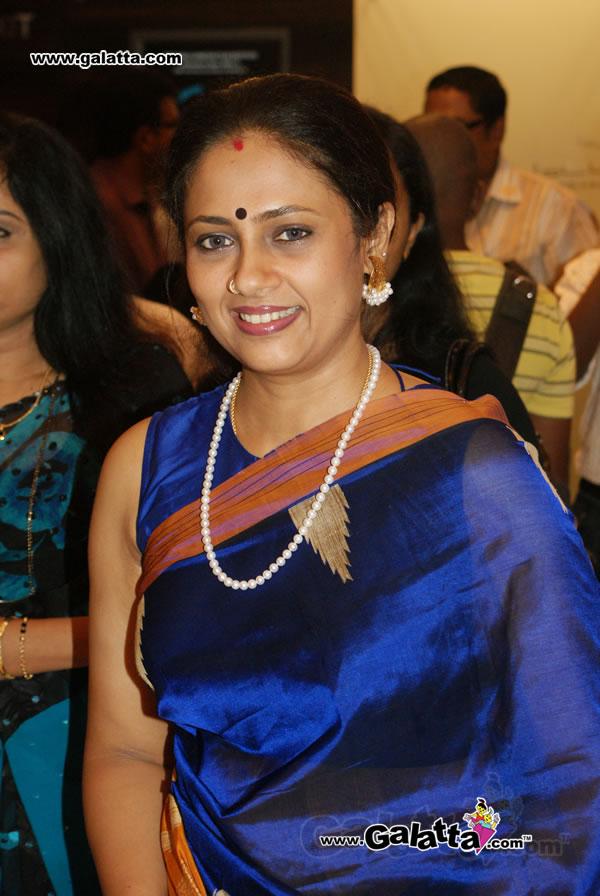 Tollywood Aunties And Actresses Lakshmi Ramakrishnan -7831