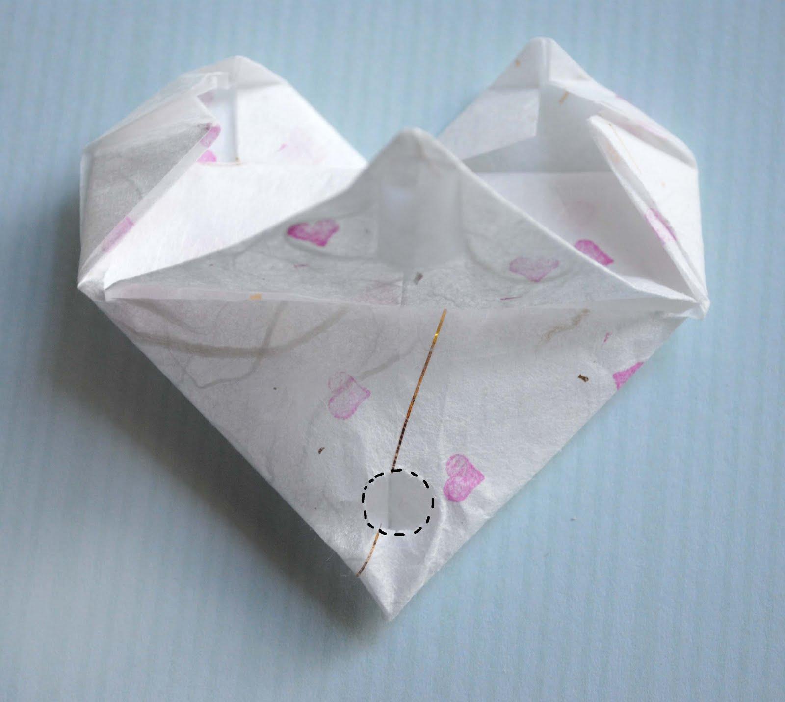 zakka life: Craft: Origami Heart Valentines - photo#20