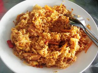 review food nasi goreng kampung kampung style fried rice
