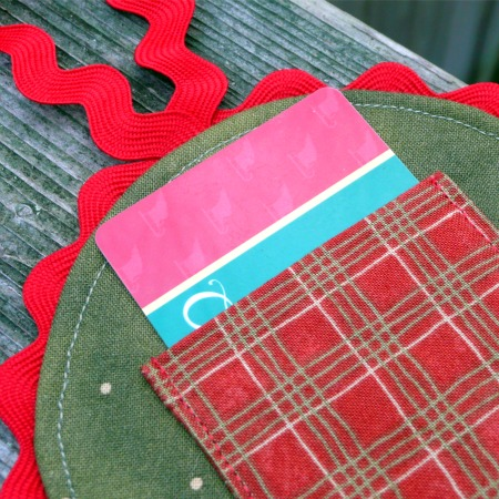 Gwenny Penny One Fabric Five Ideas 2 Gift Card Holder