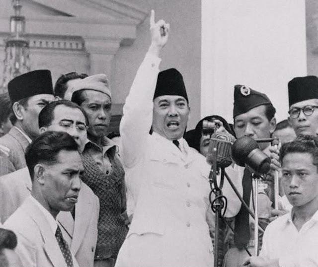 http://ancispengelana.blogspot.com/2010/09/inilah-pidato-presiden-soekarno-tentang.html