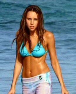 Amanda Bynes In Bikini 121