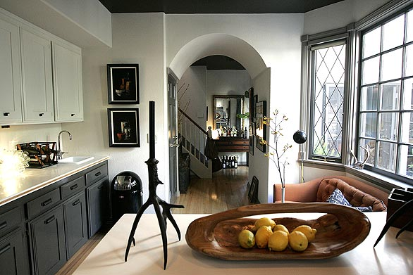 Header: Gray Kitchen Love