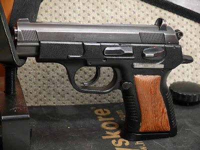 Two full-size pistols depart, two compacts arrive   Steyr