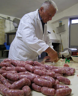 Meat Curing 101: Homemade Sausage & Salami | La Tavola Marche