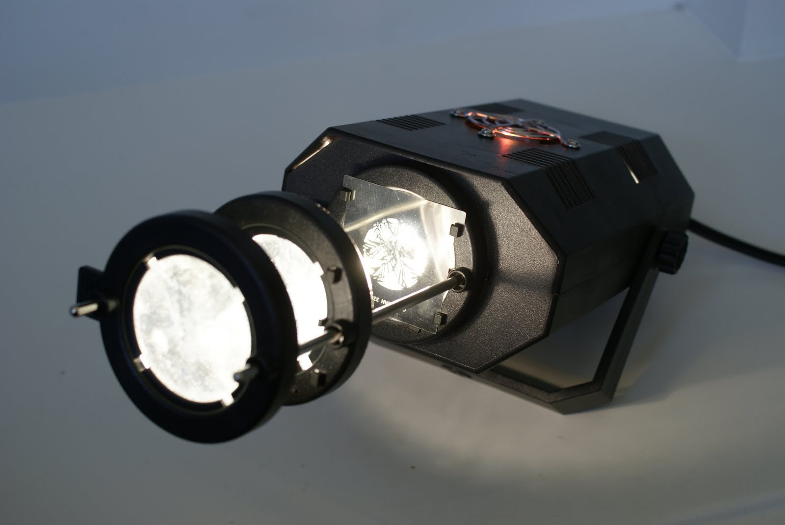 gobos wedding gobos gobo projectors custom gobos theatrical supplies goboman launches led. Black Bedroom Furniture Sets. Home Design Ideas