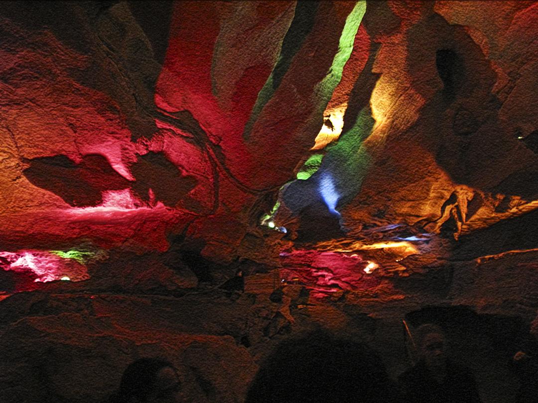 Lucent Moments Skyline Caverns Va