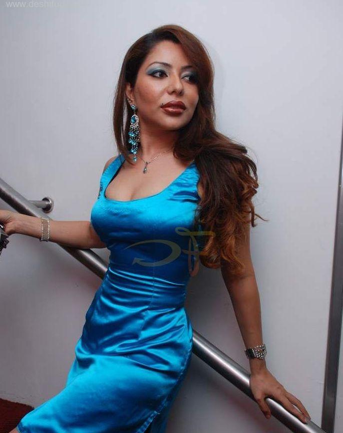 laila khan hot pics hot india model