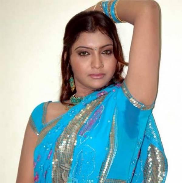 Indian bengali unty talking dirty in hindi - 5 7