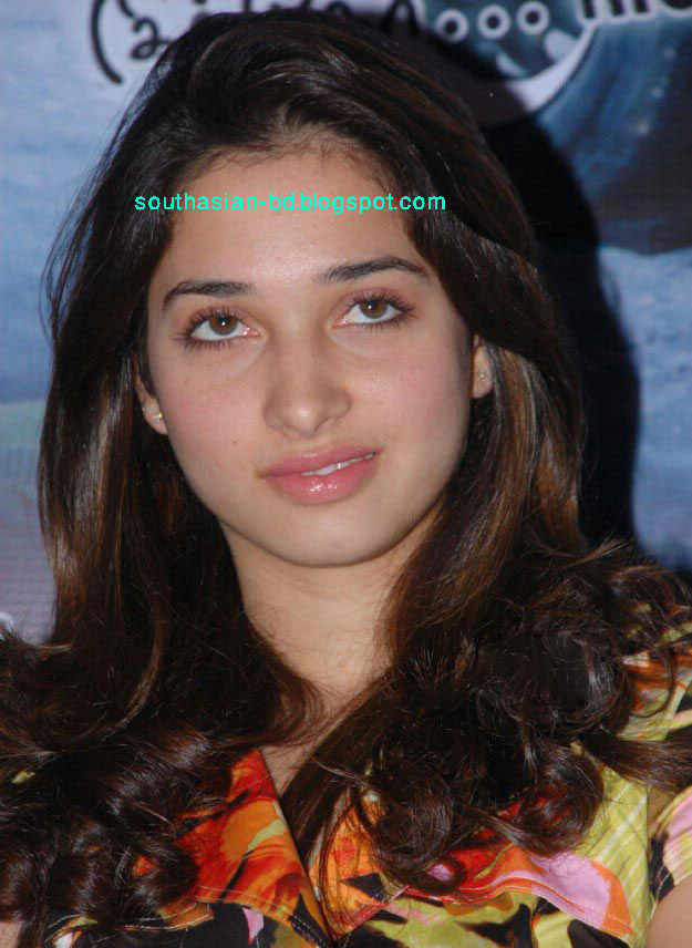 Beautiful Girl Wallpaper Pictures Download Sexy Girl Bikini New Tamanna Bhatia 2010 New Unseen