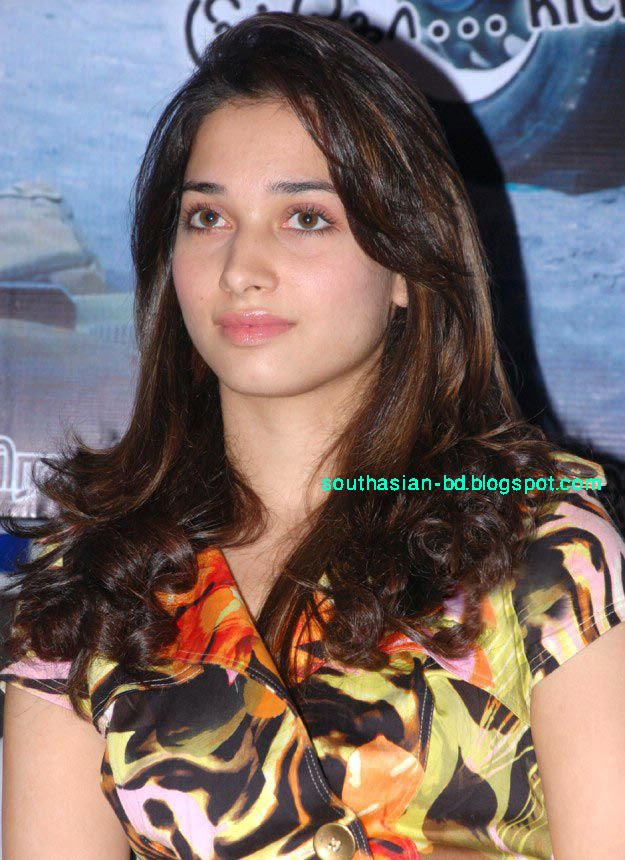 Most Cute Girl Wallpaper Sexy Girl Bikini New Tamanna Bhatia 2010 New Unseen