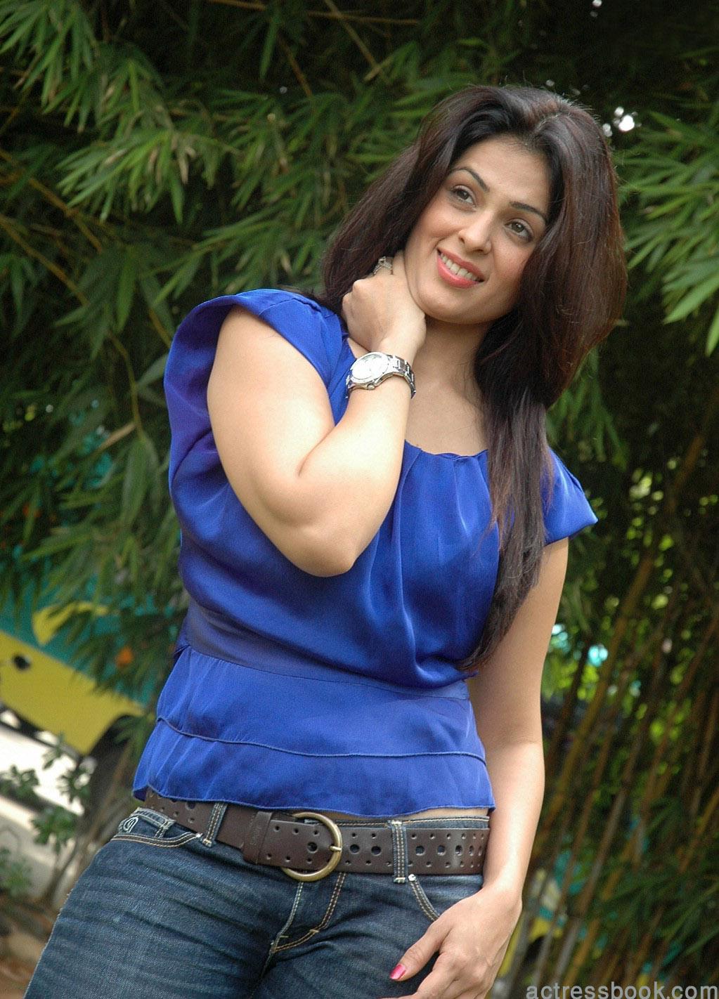 Bollywood Girl Wallpaper Sexy Girl Bikini New Bollywood Hot Actress Anjana Sukhani