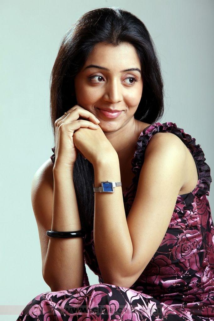 South Beauty Anushka Shetty In Hot Sarees