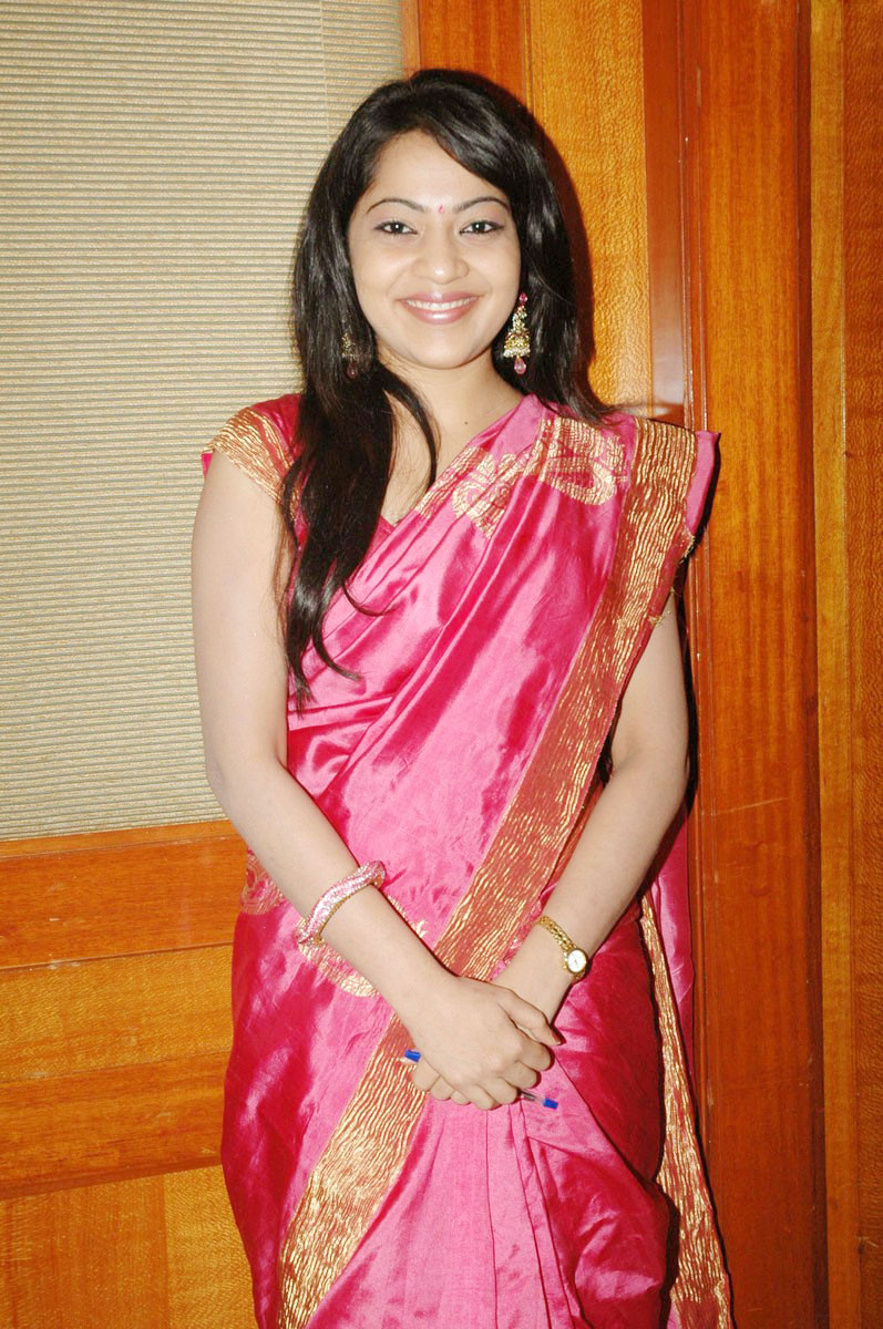 Masala Hot Actress Telugu Ramya Aunty Cute Saree Stills