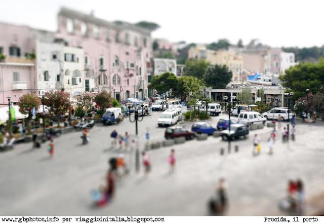 Panorama di Procida con effetto modellino