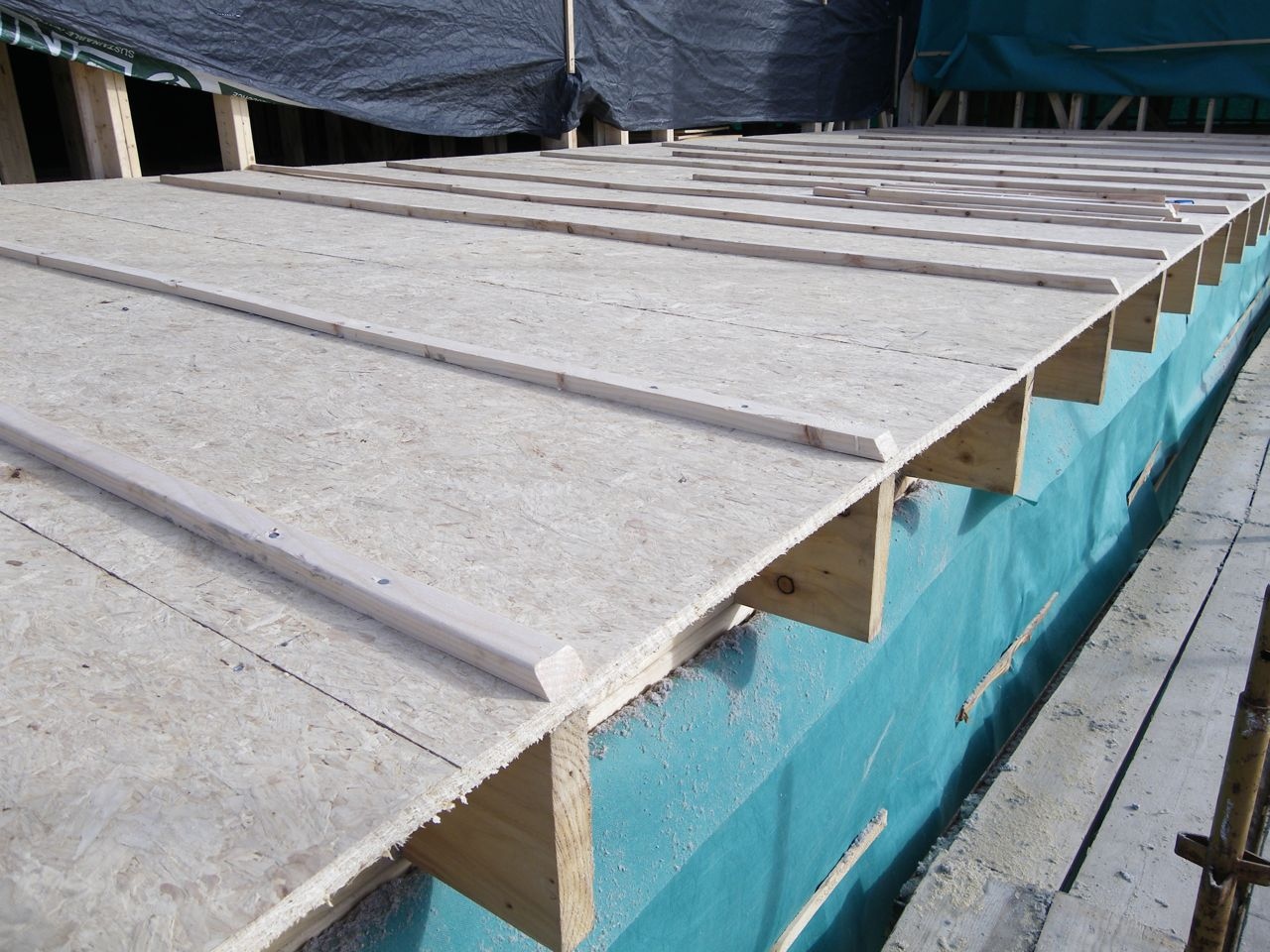 52 53 Build Flat Roof Ready For Felt And Metal