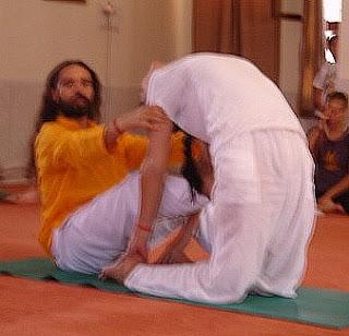 yoga assists and modifications ustrasana
