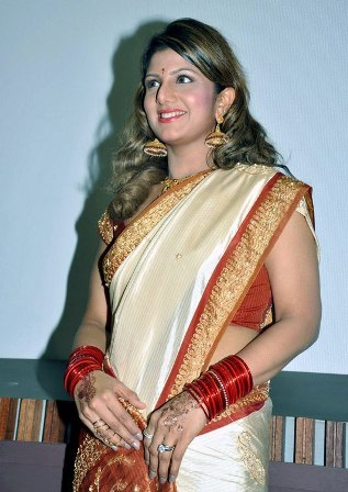 South Actress Rambha Hot Wallpapers