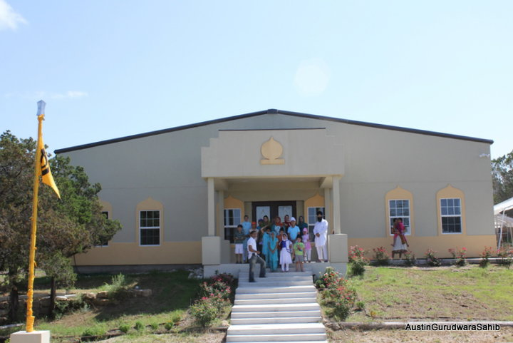 The Gurdwara in Austin, Texas (photo: lionheartznews.blogspot.com)