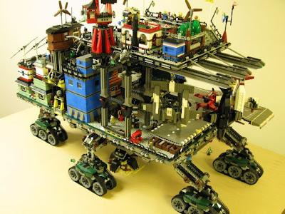 [Image: lego_crawler_town_02.jpg]