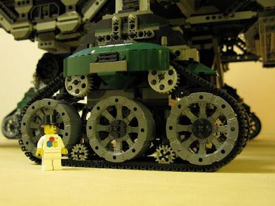 [Image: lego_crawler_town_06.jpg]