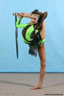 Flexible Girls 42