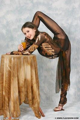 Flexible Girls 34