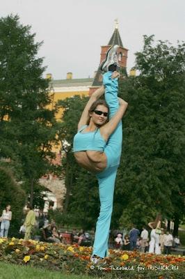 Flexible Girls 03