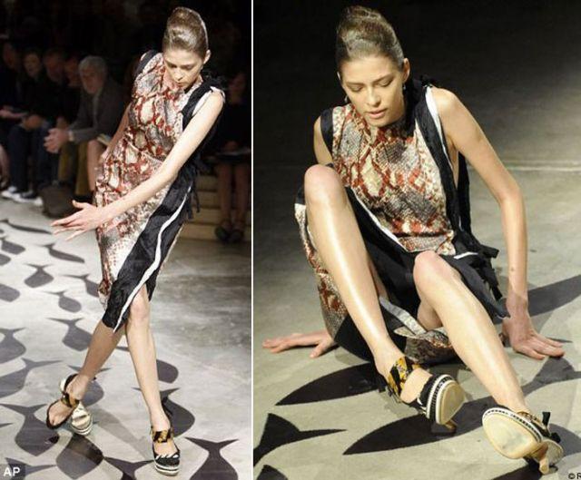 Justdebe: Catwalk Fails When Models Fall