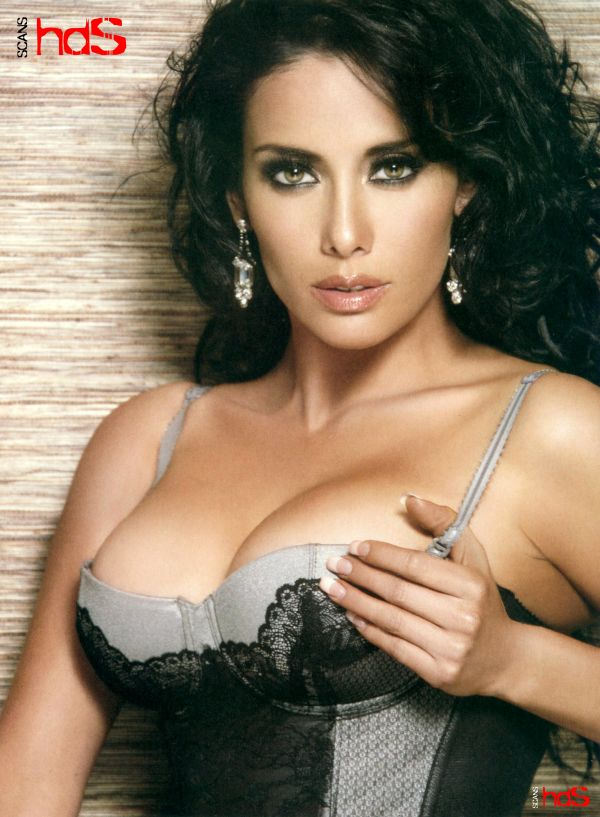 Photos: 10 Hottest Weather Girls Ever