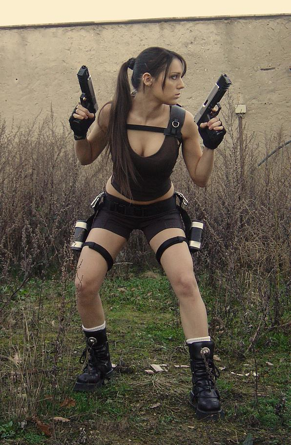 lara croft cosplay damn cool pictures. Black Bedroom Furniture Sets. Home Design Ideas