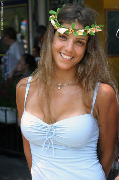 Full nude of malika
