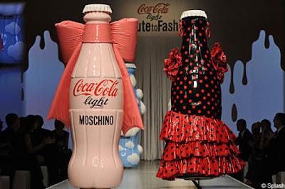 [Image: evolution_of_cocacola_bottle_design_26.jpg]