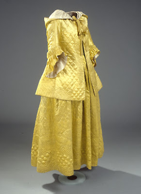Cold Weather Couture For The Chilly 18th C Lady