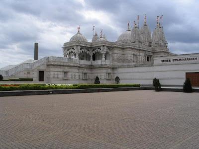 BAPS Swaminarayan Shri Mandir, Londres (Neasden Templo), Estados Unidos
