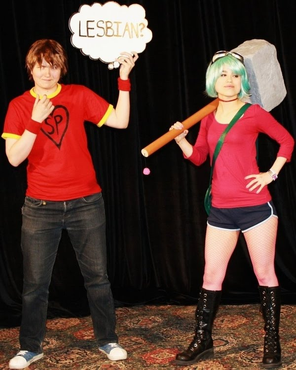 Scott Pilgrim and Ramona Flowers cosplayers