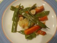 judías verdes y zanahorias con refrito de ajo